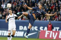 PSG : Zlatan explique la recette de Blanc  - http://www.europafoot.com/zlatan-explique-la-recette-de-blanc/