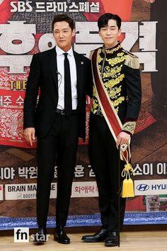 Lee Hyuk, Choi Jin Hyuk, Dramas, Baseball Cards, Stars, Sterne, Drama, Star