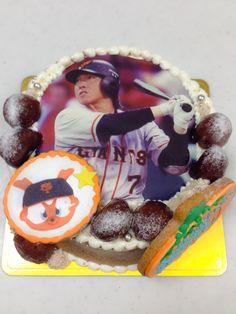 ジャイアンツ 長野選手のケーキ Birthday Cake, Desserts, Food, Tailgate Desserts, Birthday Cakes, Deserts, Eten, Postres, Dessert