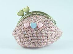 portamonete cotone rosa e lurex di Un Cesto di Gomitoli su DaWanda.com