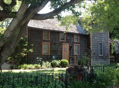 Gray Houses, Saltbox Houses, Primitive Homes, House Exteriors, Cabins, Colonial, Sweet Home, House Styles, Pretty
