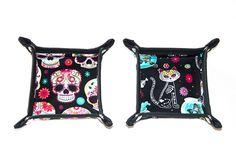 Day of the Dead / Dia de los Muertos Sugar Skulls + Skeleton Cats Valet Tray Accessory Holder by Pornoromantic