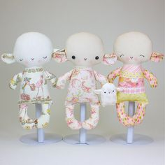 This pattern is to make a Lamb Baby that is 11 tall made from cotton fabrics...be creative and pair different fabrics for different looks! Lamb