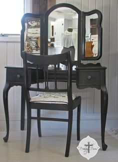 Prodigal Pieces: Vanities, Vanities...We All Love Vanities!