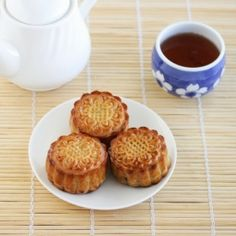 Traditional Mooncakes with step by step photos.