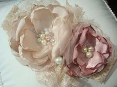 Hey, I found this really awesome Etsy listing at https://www.etsy.com/listing/162685508/mauve-and-cream-baby-flower-headband