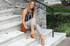 Relaxed outfit with paper bag pants