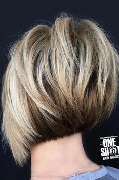 Stacked Choppy Bob ❤️ A choppy bob haircut is the needed answer to all thick and thin questions! The advantages of this bob are countless, so if you're looking for styling changes, you've come to Bob Style Haircuts, Layered Bob Hairstyles, Short Bob Haircuts, Hairstyles Haircuts, Stacked Haircuts, Stylish Hairstyles, Female Hairstyles, Haircut Style, Modern Haircuts