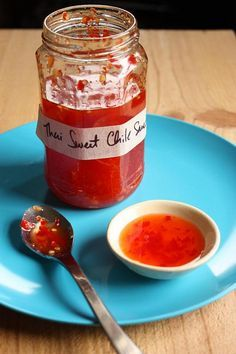Thai sweet chili sauce » I had no idea that cilantro was in this sauce?! WOW!