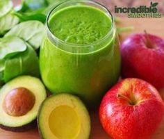 1 apple, cored (I prefer either a Golden Delicious or Granny Smith)     1/2 Haas avocado, peeled and pitted     2 cups spinach     4 to 6 ounces of filtered water     A few ice cubes to chill