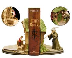 LOTR bookends!! I want that! For the love of everything holy on this earth, someone please buy this for me.