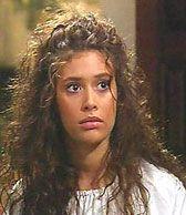 Angie Cepeda es Luz Maria Mendoza