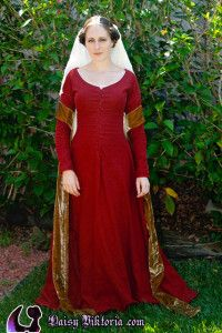 Red Linen Kirtle | Faerie Queen Costuming
