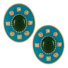 @Overstock - Complete the look with these eye-catching earrings from Carolee highlighting crystal gemstones. These elegant fashion earrings also offer a high polish finish and push back clasps, creating the perfect accent day or night.http://www.overstock.com/Jewelry-Watches/Carolee-Green-Crystal-Stone-Earrings/7233217/product.html?CID=214117 $8.59
