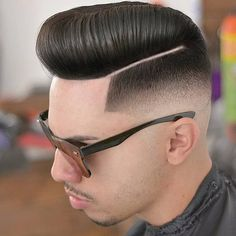 Pin For Trend Presented Cool & Stylish Haircuts for Men 2019 - Hairstyles 2019 (Best Hairstyles For Mens Try in Hairstyle Ideas Hipster Haircuts For Men, Hipster Hairstyles, Stylish Haircuts, Hairstyles Haircuts, Barber Hairstyles, Beard Styles For Men, Hair And Beard Styles, Hair Styles, Fade Haircut Styles
