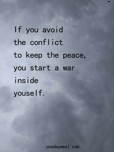 Life Quotes Love, Wise Quotes, Quotable Quotes, Great Quotes, Words Quotes, Wise Words, Quotes To Live By, Short Life Quotes, Lying Quotes