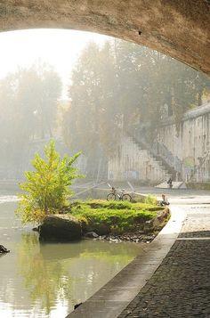 Roma - Tevere da sotto Ponte Sisto