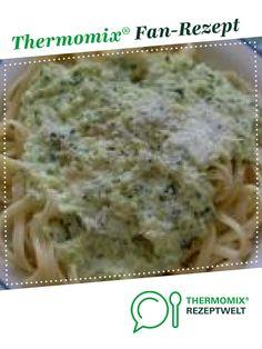 Zucchinicremesauce mit Nudeln von JeJo. Ein Thermomix ® Rezept aus der Kategorie sonstige Hauptgerichte auf www.rezeptwelt.de, der Thermomix ® Community.