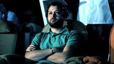 Agência monitora ondas cerebrais dos estagiários para decidir quem vai contratar (!) http://www.bluebus.com.br/agencia-monitora-ondas-cerebrais-dos-estagiarios-para-decidir-quem-vai-contratar/