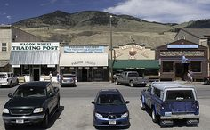 Gardner+Montana | Gardiner Montana Attractions - Go Northwest! Travel Guide