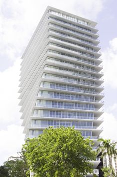Bjarke Ingels's First U.S. Condo Is a Pair of Twisting Miami Towers
