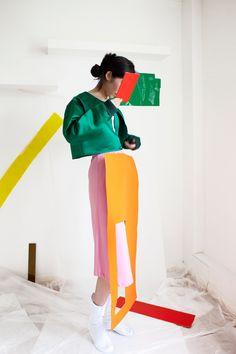 fashion & styling by nara lee, photo by milo belgrove, via eleonora borsato Collage Magazine, Mode Collage, Collage Art, K Fashion, Fashion Trends, Fashion Black, Fashion Ideas, Vintage Fashion, Art Photography