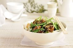 Chicken, snow peas and noodles - a winning mid-week combo!