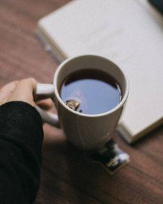 Tumblr Cafe, Aesthetic Vintage, Tableware, Instagram Posts, Photography, Rupi Kaur, Tumbler, Wattpad, Coffee