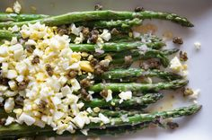 Roasted Asparagus with Egg and Fried Capers // HonestlyYUM
