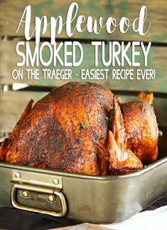 Traeger Recipes, Smoked Meat Recipes, Grilling Recipes, Grilling Tips, Turkey In Oven, Cooking Turkey, Turkey Brine, Easy Turkey Recipes, Thanksgiving Recipes
