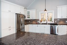 For over 40 years Cedarland Homes has been the builder of beautiful homes and cottages in the Parry Sound, Muskoka and Georgian Bay regions. Cambria Countertops, Kitchen White, Custom Homes, Kitchen Remodel, Beautiful Homes, Building A House, Kitchens, Fox, Cottage