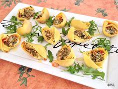 Tapas, Italian Party, Good Food, Yummy Food, Party Decoration, Appetisers, Antipasto, Food Inspiration, Italian Recipes