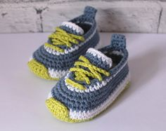 Crochet PATTERN Baby Boys Booties Taika Boot di Inventorium