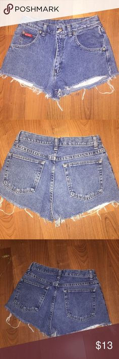 """90s wrangler high waist cutoff jean shorts waist26 Waist 26"""" rise 10"""" vintage high waist jean shorts cutoff jeans by wranglers similar to Levi's shorts. Measure smallest part of waist for measurement as these are high waisted. Youth size 16 listed as modern day waist measurement 26"""" best for sz 0 fup to a size 2 if waist does not exceed 26"""". Ends distressed pockets slightly showing very short for me I'm a thicker sz 2 so may fit different for you can be cuffed to made cheeky shorts for sure…"""