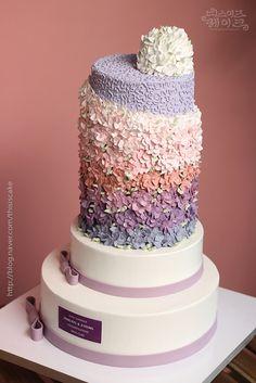 [thisiscake Korea] buttercream flower cake for wedding ceremony by www.thisiscake.co.kr