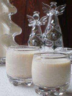 Vaníliás-mézes likőr Vegan Recipes, Cooking Recipes, Vegan Food, Diy Food, Glass Of Milk, Party Time, Christmas Diy, Panna Cotta, Cake Decorating