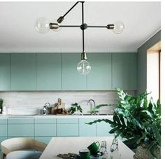 Kitchen Color Trends, Kitchen Styling, Interior Design Kitchen, Colorful Interiors, Design Trends, Mint Color, Mint Green, Mint Kitchen, Home Decor