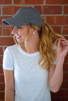 57cf74e568b 3 Easy Ways To Style A Baseball Cap Baseball Cap Hairstyles