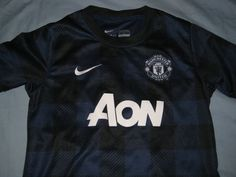 33859d840 Sale Vintage EUC Nike Manchester United Away Soccer by casualisme Jersey  Boys