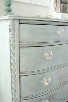 Charming Turquoise Dresser #DIY #furniturepainting #colormixing #whitewashing - www.countrychicpaint.com/blog