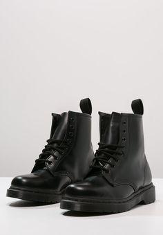 Bestill Dr. Martens 1460 - Snørestøvletter - mono black for kr 1595,00 (26.11.16) med gratis frakt på Zalando.no