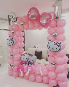 21 Hello Kitty Birthday Party Ideas - Pretty My Party - Party Ideas Hello Kitty Party ideas Hello Kitty Birthday Theme, Hello Kitty Themes, Hello Kitty Cake, Hello Kitty Decor, Balloon Backdrop, Balloon Decorations, Birthday Party Decorations, Helium Balloons, Kitty Party