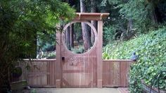 circle gate, bamboo