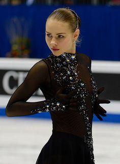 Angelina Kuchvalska her dress though!!⛸