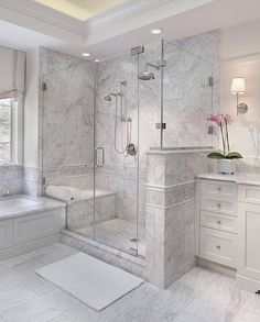 Enchanting luxurious master bathroom home decorating tips for baths and small bathroom. Mansion master bathroom to inspire your dream cutting-edge, romantic, and elegant decor for the dream spa luxury bathroom. Zen master bathroom with a jacuzzi and steam Bathroom Renovation, Bathroom Interior, Shower Remodel, Bathroom Remodel Shower, Bathroom Makeover, Bathroom Design Luxury, Bathroom Remodel Designs, Bathroom Interior Design, Bathroom Renovations