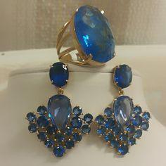 Conjunto de anel e brincos no cristal azul anil.... lindo.... TÂNIA SEMI-JÓIAS..... Enviamos p/ td Brasil.....