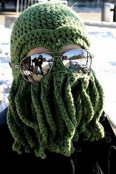 25 Cool Winter Hats that will keep you warm--Cthulhu Ski Mask Crochet Amigurumi, Knit Crochet, Crochet Hats, Funny Crochet, Knitting Patterns, Crochet Patterns, Crochet Winter Hats, Ski Hats, Cthulhu