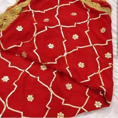 Custom made chiffon gotta Patti jaal dupatta perfect for all festive and wedding occasions.Manufacturing time- 7 daysAll colours available. Pakistani Lehenga, Indian Lengha, Indian Gowns, Pakistani Dresses, Indian Dresses Traditional, Heavy Dupatta, Velvet Shawl, Indian Fashion Dresses, Party Wear Dresses