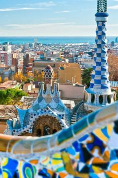 Plan your Visit to Barcelona with free Barcelona itineraries, guides, activities and maps. Create your personal travel guide to Barcelona with full information on Barcelona. Oh The Places You'll Go, Places To Travel, Destinations D'europe, Destination Voyage, Photos Voyages, Travel Goals, Travel Trip, Travel Guide, Future Travel