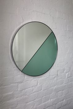 Bespoke Dualis Round silver + green tinted mirror created for a client in the Highlands, UK.  #greenmirror #greentintedmirror #roundmirror